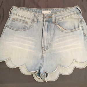 H&M Scalloped Jean Shorts